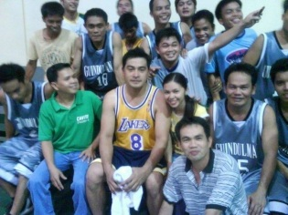 cesar montano plays basketball with tapok