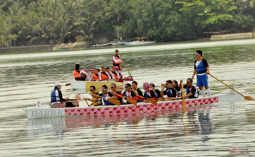 dragon boating in Bohol