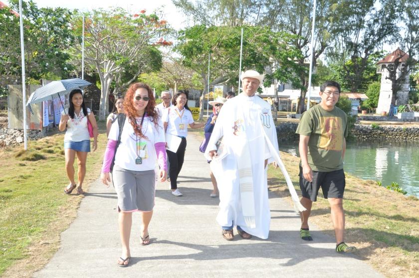 Fr Saco of the Dauis Parish provided us the spiritual guidance