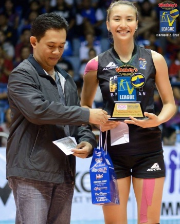 Rachel Anne Daquis, arguably the most recognizable face in women's volleyball today - got the S.O.S. Clear Skin In & Out Of The Court Award.