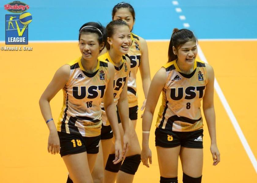 Ennajie Luare, the future of UST ball, in the midst of UST's veterans. (Arnold Cruz)