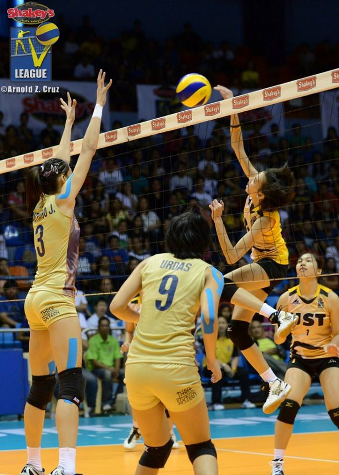 Tigresses aiming to surprise the Bulldogs. (Arnold Cruz)