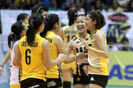 EJ leads the Tigresses' offense.