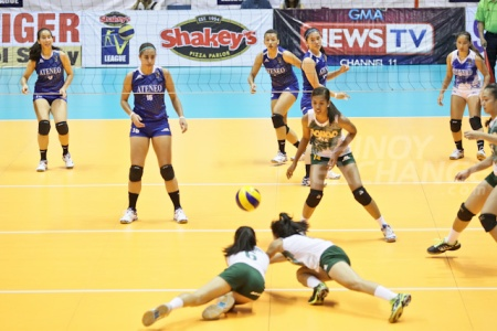 Diving for the ball without pads and all, the Davaoenas showed the Manila crowd a thing or two about grit, about iron will, about pride.
