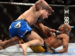 Chris Weidman wrests the crown from Anderson Silva.