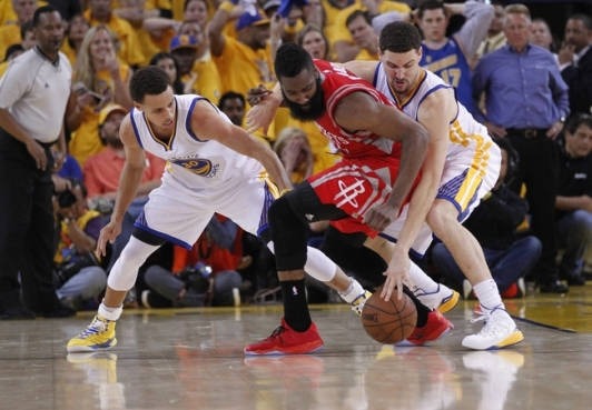 Curry and Thompson gang up on Harden. (Cary Edmondson-USA TODAY Sports)