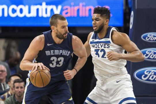 Marc Gasol, now with Toronto, has deadly passing and sniping skills. (Grizzly Bear Blues)