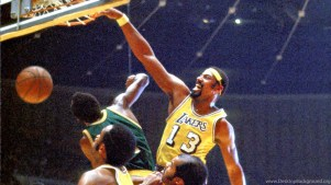 Wilt 'The Stilt' Chamberlain dominated scoring records during his prime. (Kidskunst.info)