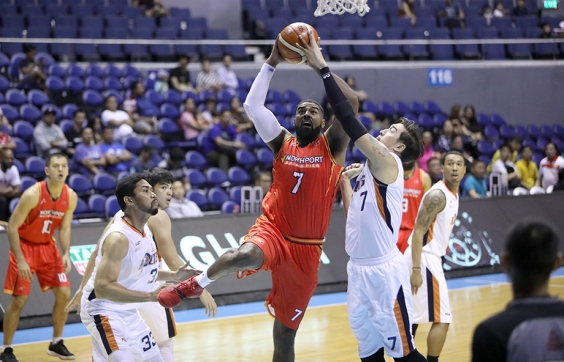 Meralco defends against Mo.
