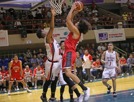 Gins' Japeth towers in both offense and defense.