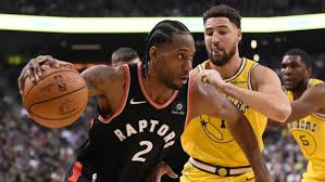 Kawhi guarded by Klay this time. (CBC.CA)