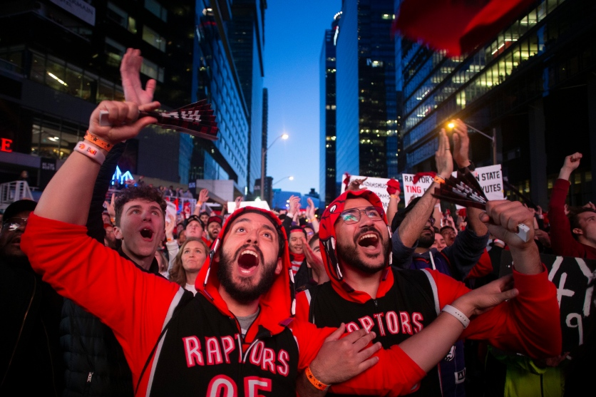"Raptors fans watch Game 2 of the NBA Finals in ""Jurassic Park"". (Chris Young)"